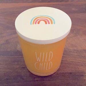 Rae Dunn | Wild Child 10oz Tea & Honey Candle